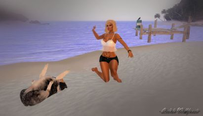 Playing with Angel at the beach_004
